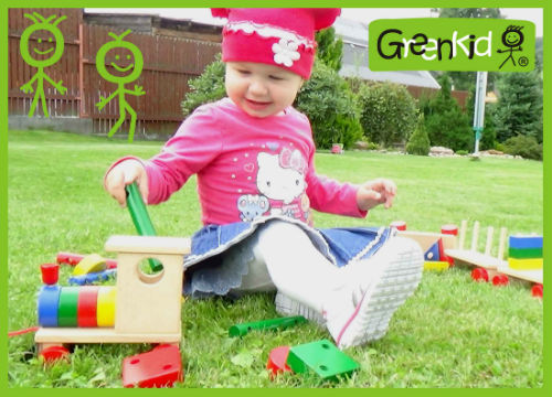 Greenkid wooden pull-along toy. Wooden train with colourful blocks for children's joy by Abafactory the Czech manufacturer.